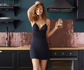Découvrez les chemises de nuit et nuissettes pour femme sur dim.fr