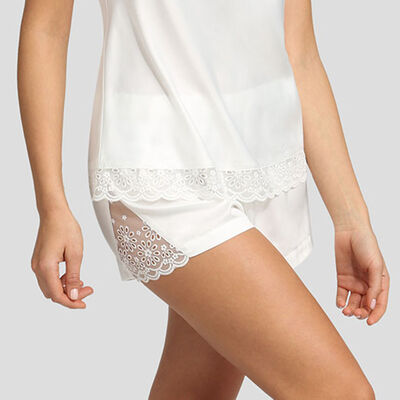 Short blanc en satin et broderie anglaise Graphic Wedding de Dim, , DIM