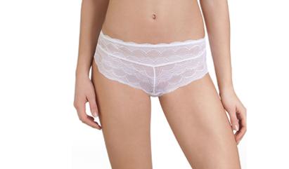 Laissez-vous tenter par les boxers blancs pour femme sur dim.fr