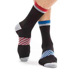 Toutes les chaussettes de sport homme à découvrir sur dim.Fr